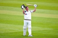 Middlesex v Yorkshire (Day 3) Close: