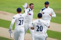 Yorkshire v Nottinghamshire (Day One) CLOSE: