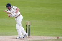 Warwickshire v Yorkshire (Day Two): CLOSE