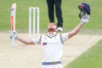 Let me entertain you - Bairstow